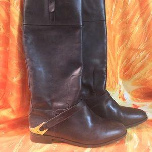 6.5 Tall flat boots